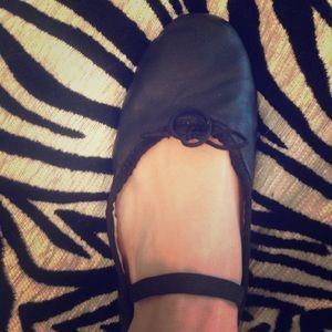 Capezio Shoes - Capezio Debut Ballet Slippers size 8 M